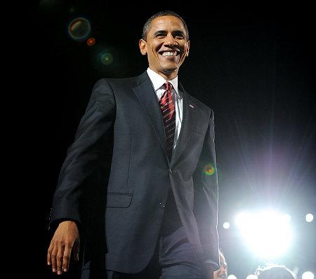 Alg_obama-onstage